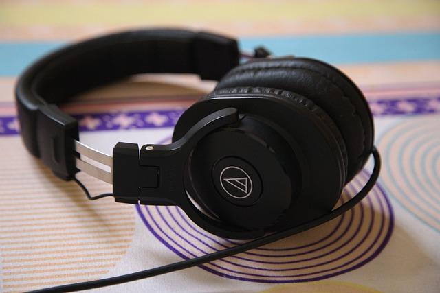 Headphones, Home studio, sound quality